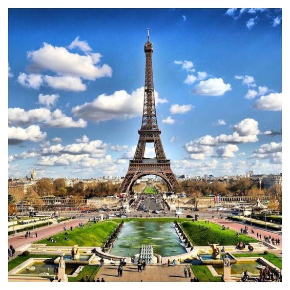 Paris - cpp.edu